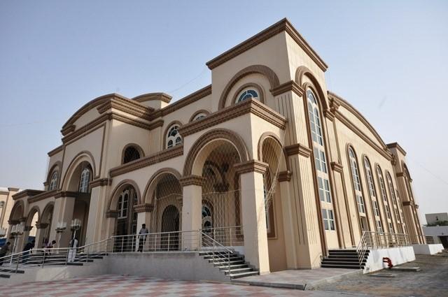 Parroquia San Antonio de Padua, sin cruces, ni campanarios - Ras Al Khaimah, Emiratos Árabes