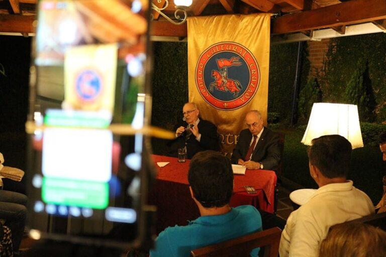 Apuntes de la conferencia proferida por el Dr. Jesús Vallejo Mejía en la sede del Centro Cultural Cruzada 1